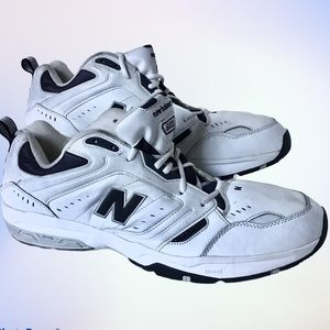 SIZE 20 New Balance 621 Sneakers